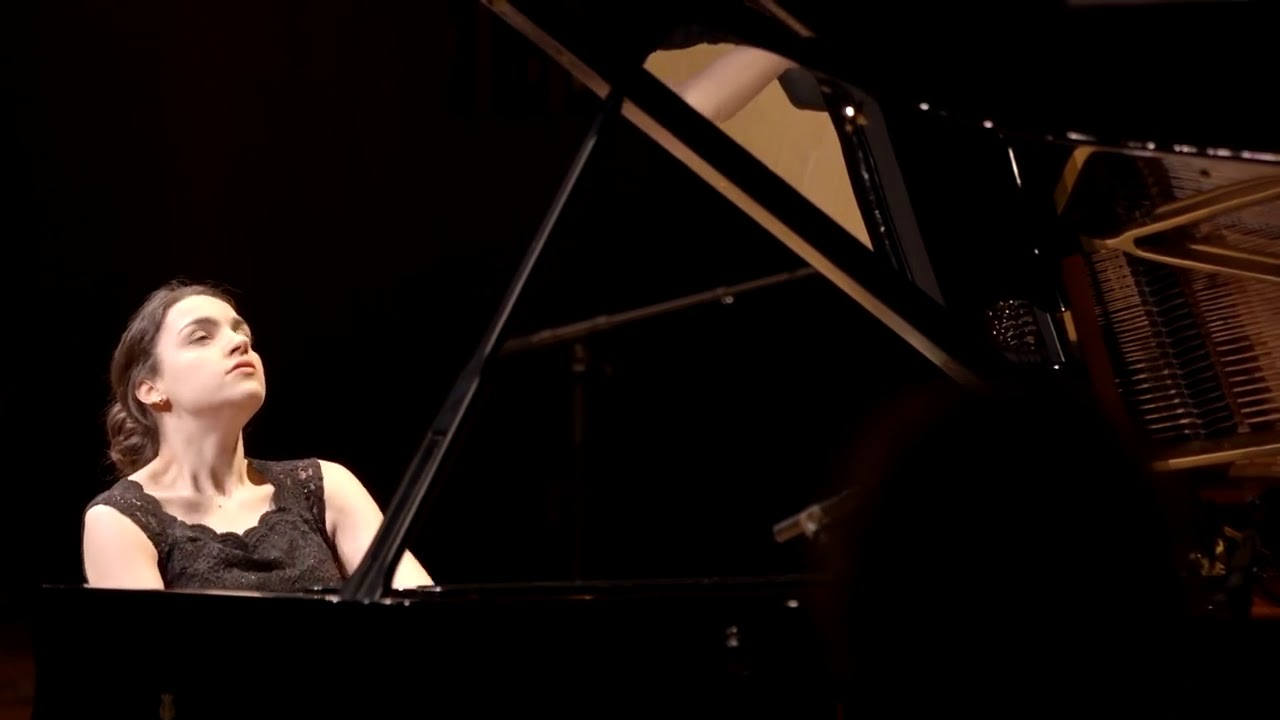 Olga Gigue  by Chilly Gonzales  Olga Scheps live