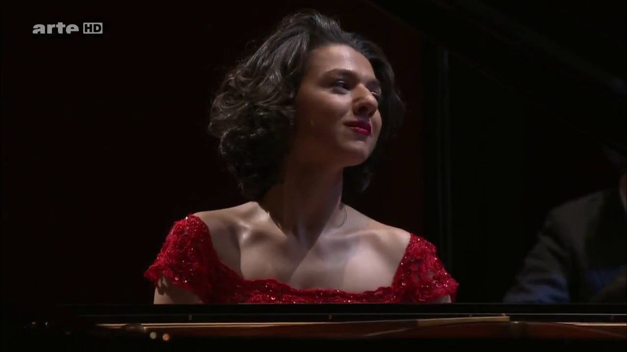 Khatia Buniatishvili : Rachmaninoff Piano Concerto No.2 2nd Movement  arte HD