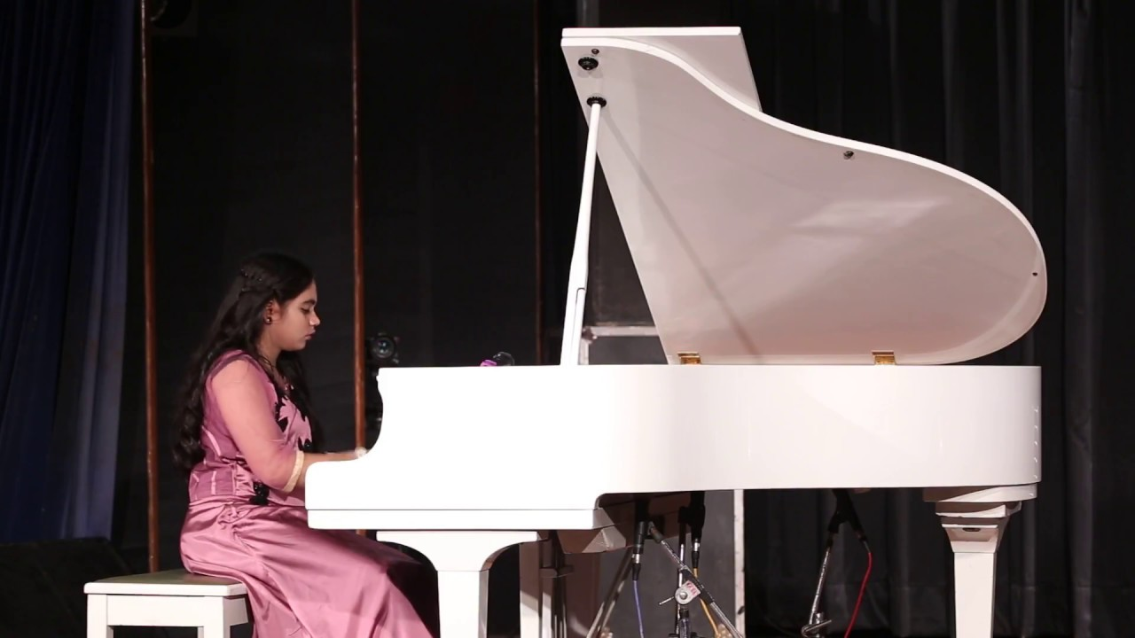 Raghupati Raghav Raja Ram on Piano by Youngest Pianist | Gauri Mishra