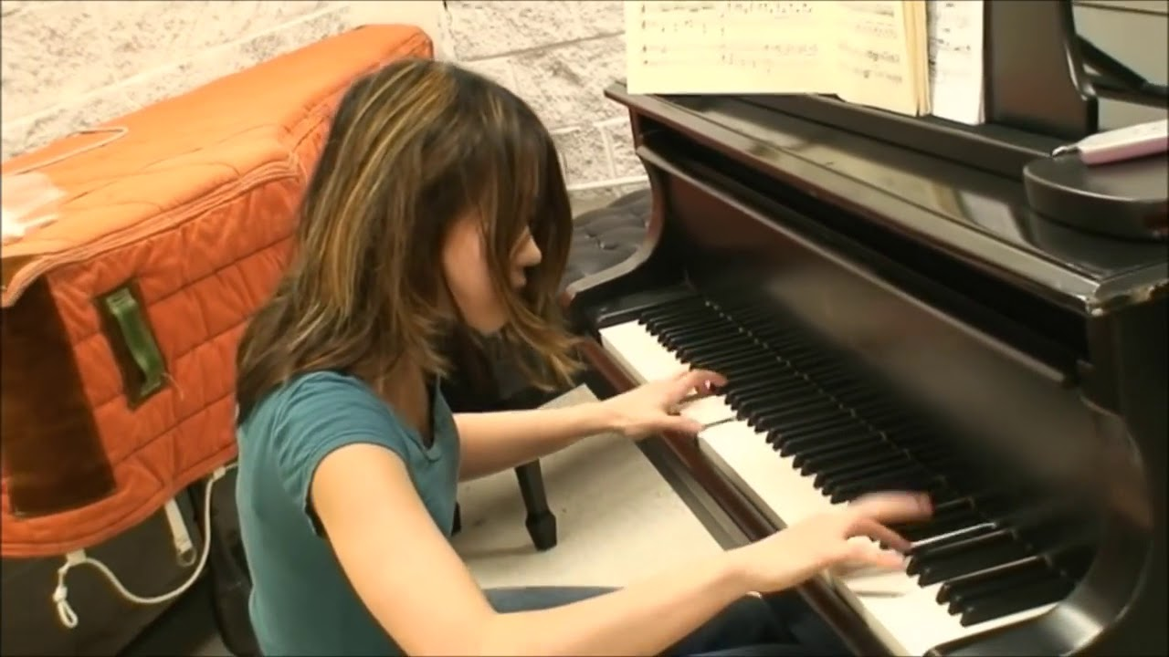 Yuja Wang Plays Turkish March in ordinary clothes