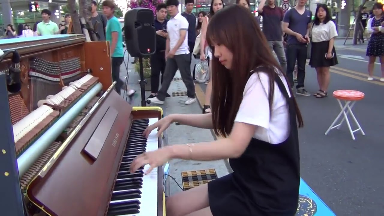 Piano Street Amazing Street Pianist – Mozart Turkish March Best