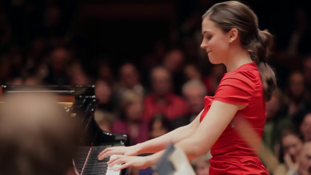 Frédéric Chopin  Piano Concerto No  1 e minor Olga Scheps 3rd mov