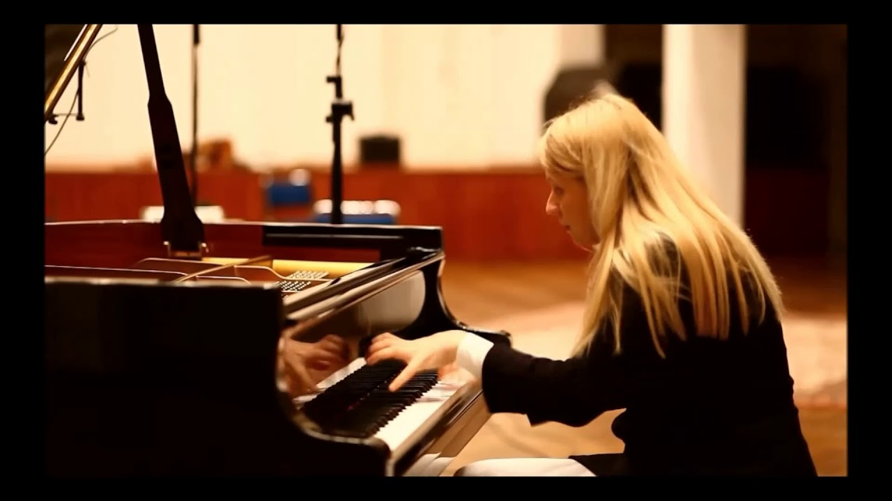 Valentina Lisitsa Destroying A Piano